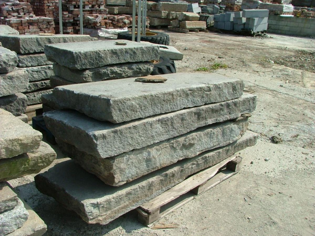 Pavimenti e Gradini - pavimentazione carrabile in pietra di luserna