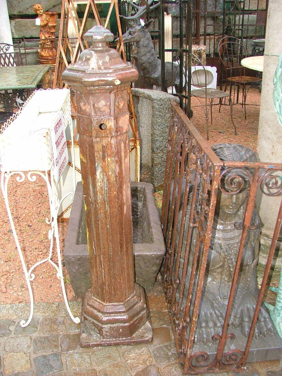 Vasche e Fontane - fontana a colonna in ghisa