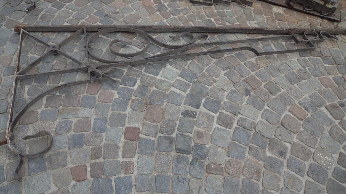 Mensole mensole in ferro x pensilina liberty for Mensole in ferro