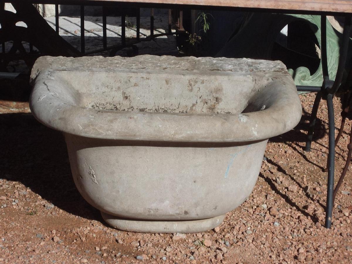 Vasche e Fontane - vasca in pietra lombarda epoca 700